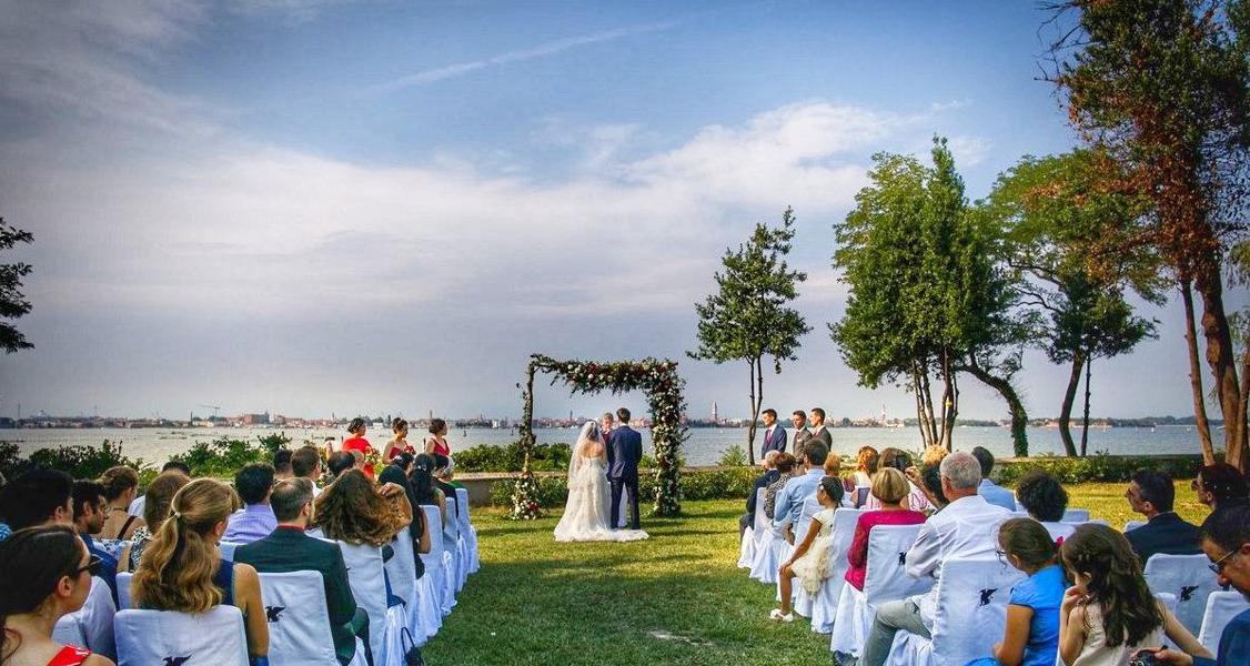 Символическая свадьба в Венеции: 4 идеи, из которых черпать вдохновение
