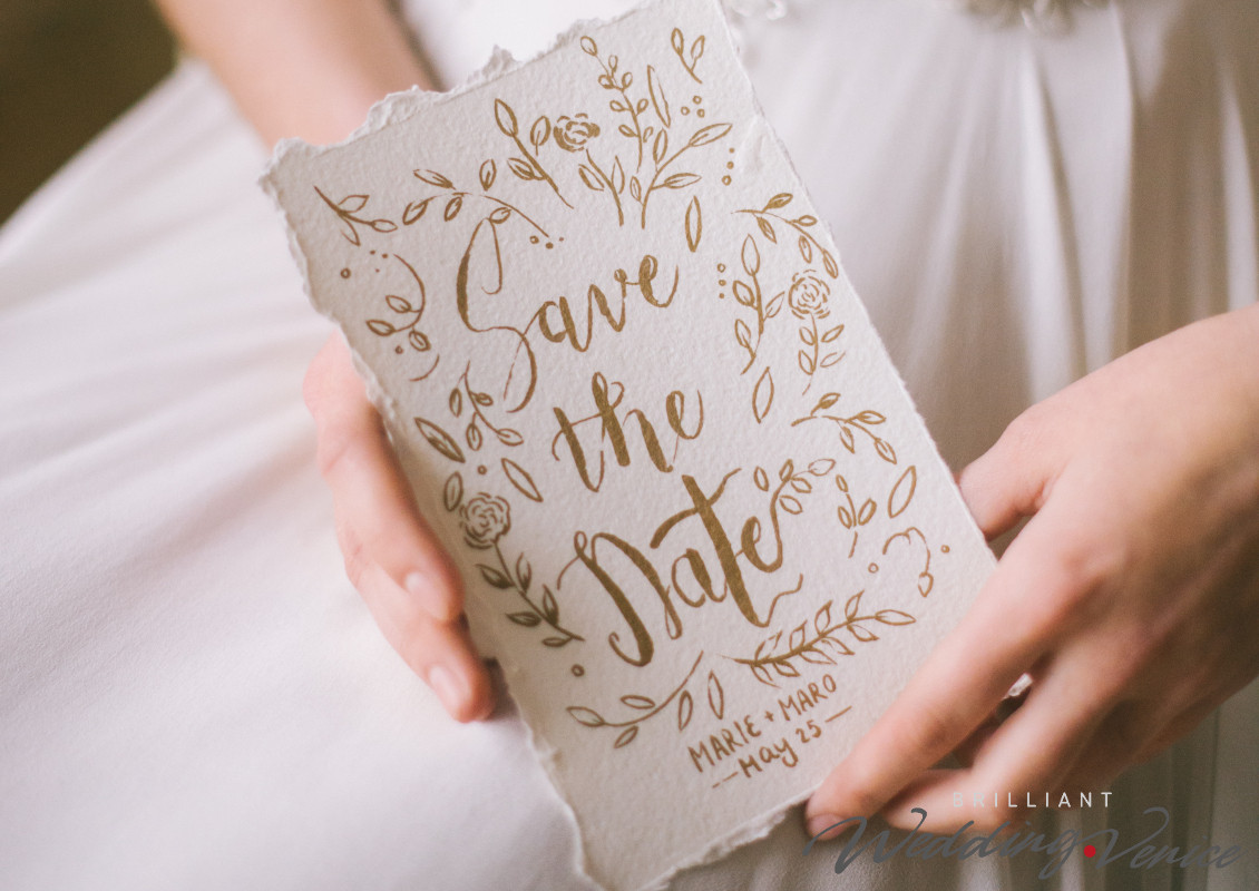 Свадьба за границей: когда отправлять свадебные приглашения